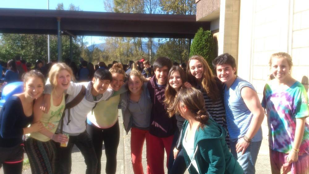 Gruppenfoto vor Vanier am Terry-Fox-Day
